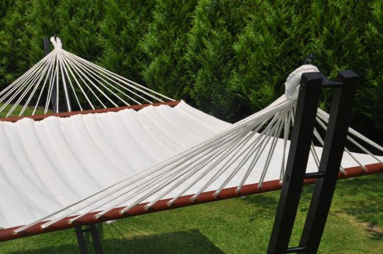 Steel Hammock | Belgunique