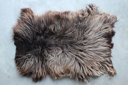 Fur Rug: Drent | Belgunique