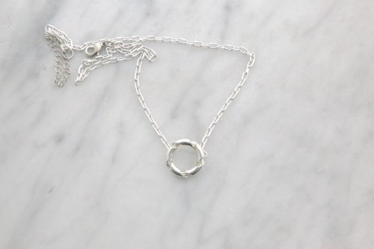 Hong Kong Necklace | Belgunique