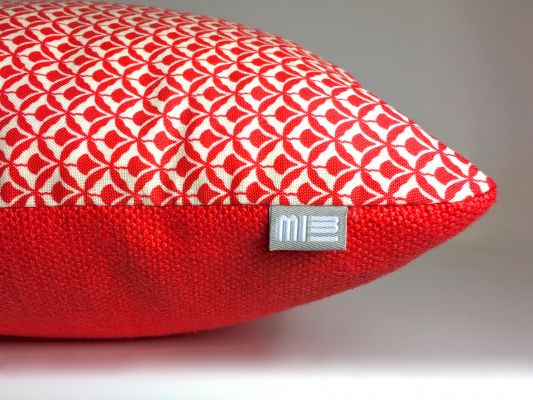 Red Patterned Pillow | Belgunique