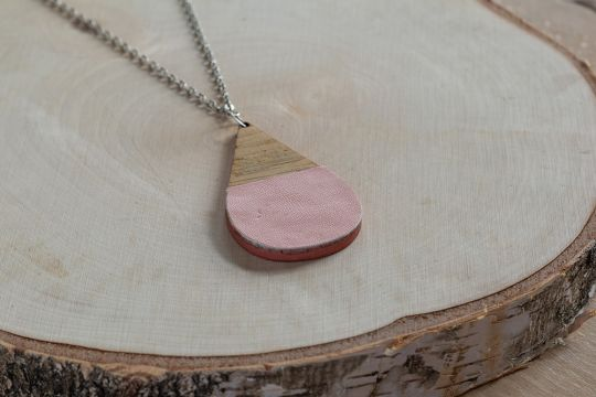 Necklace: Bamboo & Faux Leather: 2 Designs | Belgunique