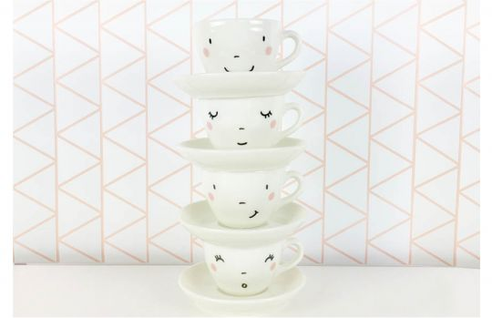 Happy Set of Cups | Belgunique