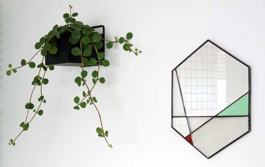 Spiegel Hexagon: Glas-in-lood | Belgunique