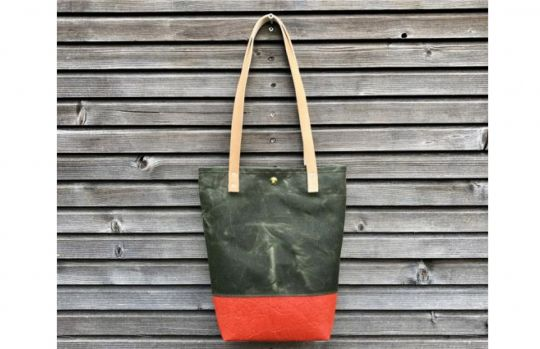 Tote Bag: Piñatex™ Rood | Belgunique