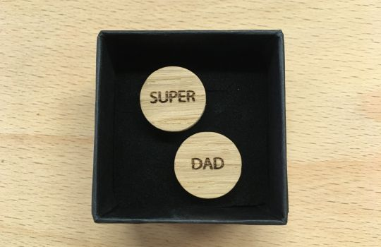 Wooden Cufflinks: Super Dad | Belgunique